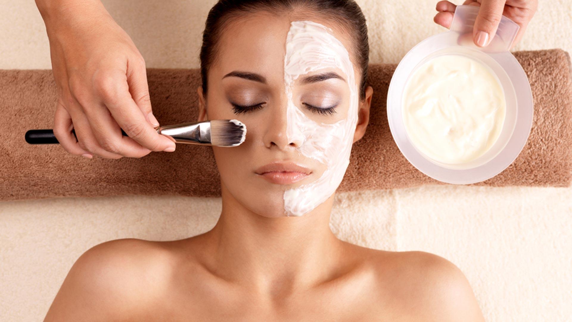 Cuidados Faciales: Higiene y tratamientos
